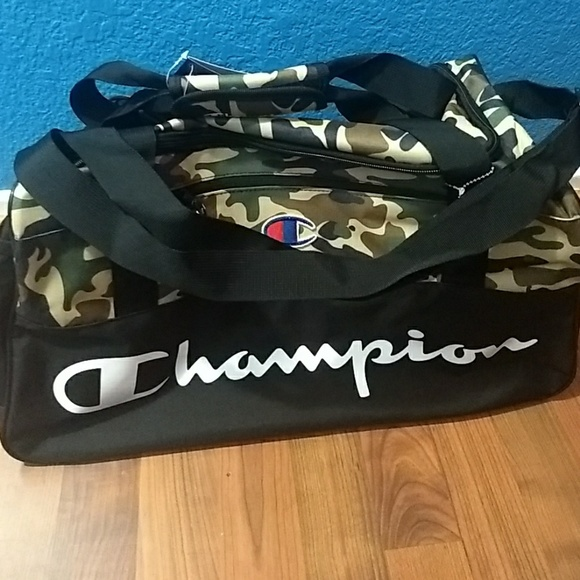 d5984d975a4f NWT Champion camouflage duffle bag